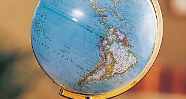 Floor Globes: A Great Way to Learn the Geography of the Planet Earth