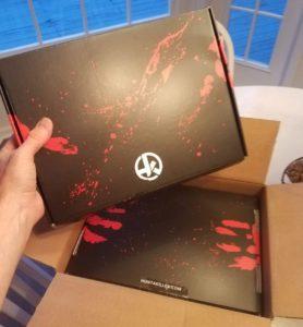 Hunt-a-Killer box set and episode box.